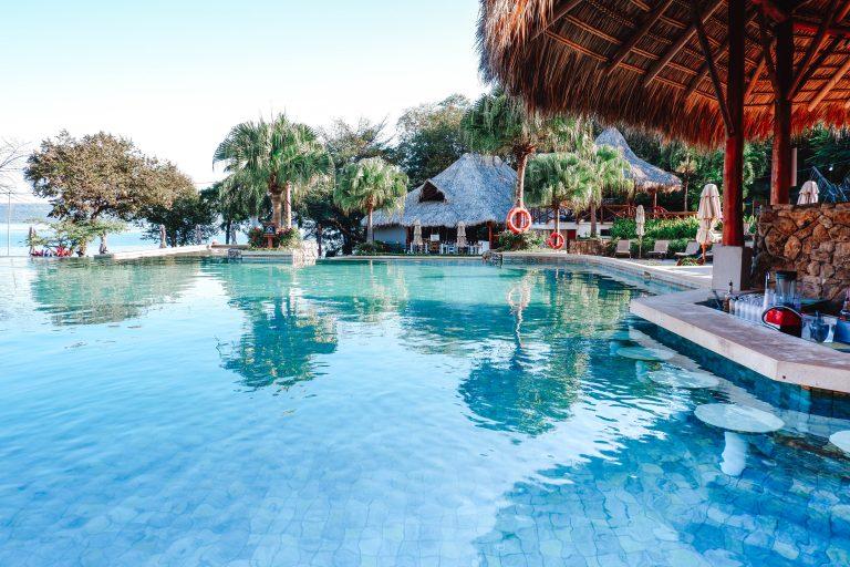 Secrets Costa Rica pool